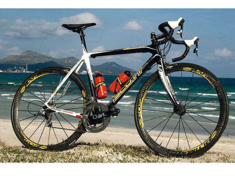 Procycling's Marcel Wust tested the Scott Addict Ltd recently.
