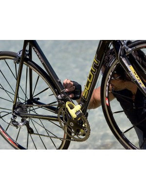 The Addict has two sets of bottle cage bosses