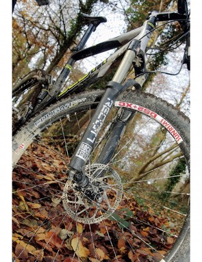 RockShox's Recon fork is essentially an extended Reba, and while coil springs limit easy rider weigh