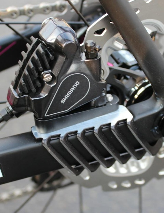 Merida added this forged alloy 'Disc-Cooler', which Merida says substantially reduces brake heat