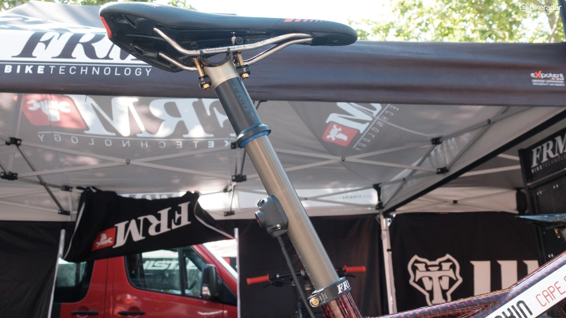 The bike was sporting the brand's OBI1 dropper seatpost