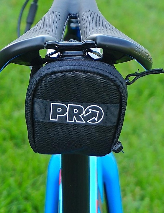 With a zipper that works flawlessly and reflective highlights, the PRO Strap is a no-brainer
