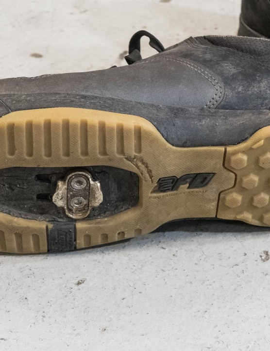 Seb likes the fact that the cleat pocket extends a long way towards the heel, meaning the cleat can be slid right back for confident descending