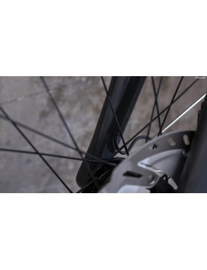 This is very neat! Di2 tape to secure the dynamo wire on the inside of the fork leg