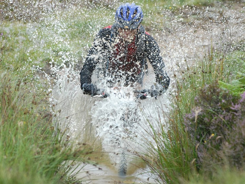 Making a splash at the 2007 Selkirk Merida Marathon