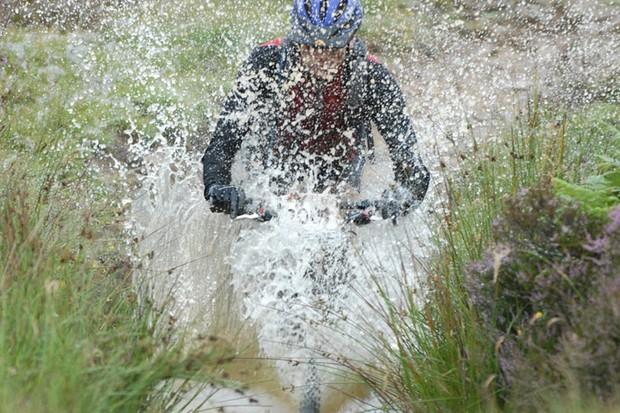 Making a splash at the 2007 Selkirk Merida Marathon