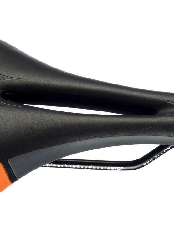 Selle Italia SL Flow saddle