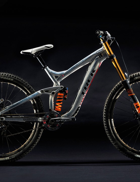 Here's an alloy prototype of the 29in Session. This is far from the earliest incarnation of 29in downhill bikes from Trek though, with the company having worked on such bikes since 2009