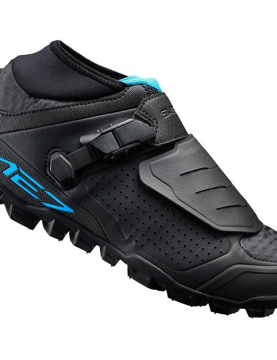 The ME7 trail shoe also gets a speed lacing system