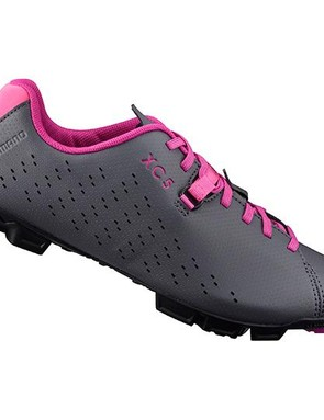 The grey and pink woman's XC5 shoe ties in well with the rest of the range