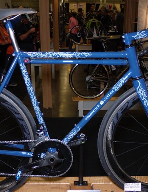 Indiana's Tim O'Donnell builds as Shamrock Cycles. His road bike featured SRAM's new eTAP group and internal rear brake routing. The paint was applied by Kate Oberreich