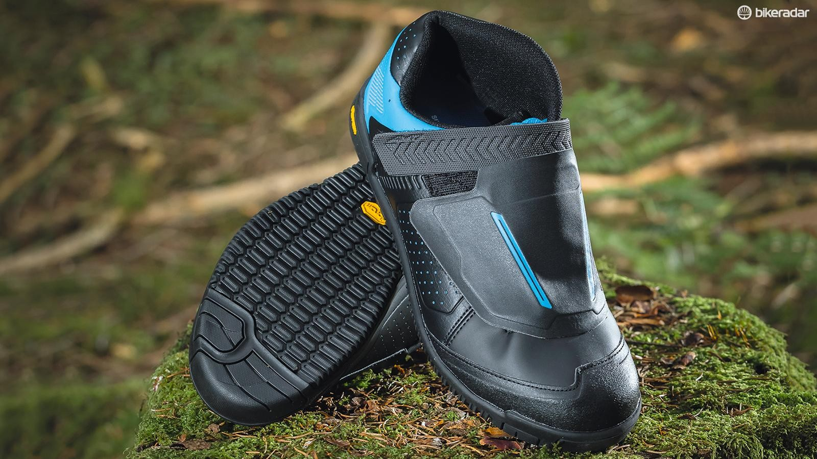 Shimano's AM7 MTB shoes are mostly superb, but aren't the grippiest especially in the wet