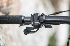 The Firebolt mode switch integrates perfectly onto the handlebar