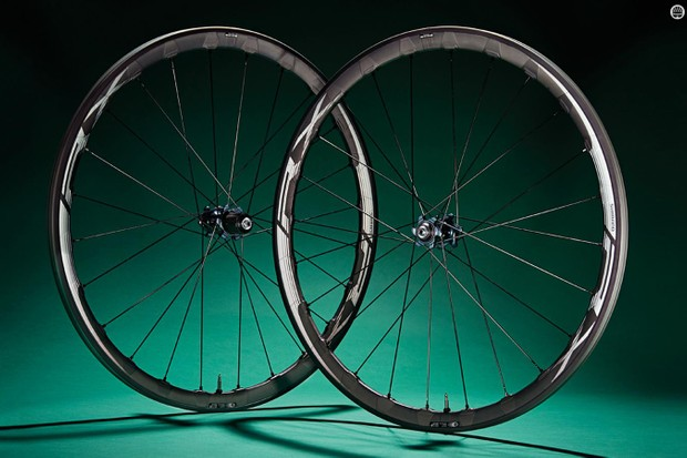 Shimano's RX830 wheelset