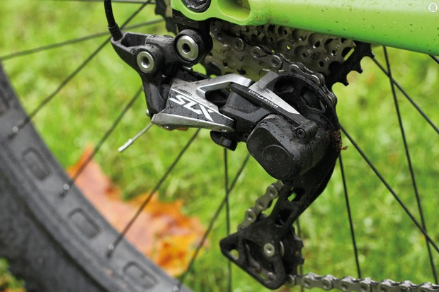 Shimano's SLX M7000 11-speed transmission