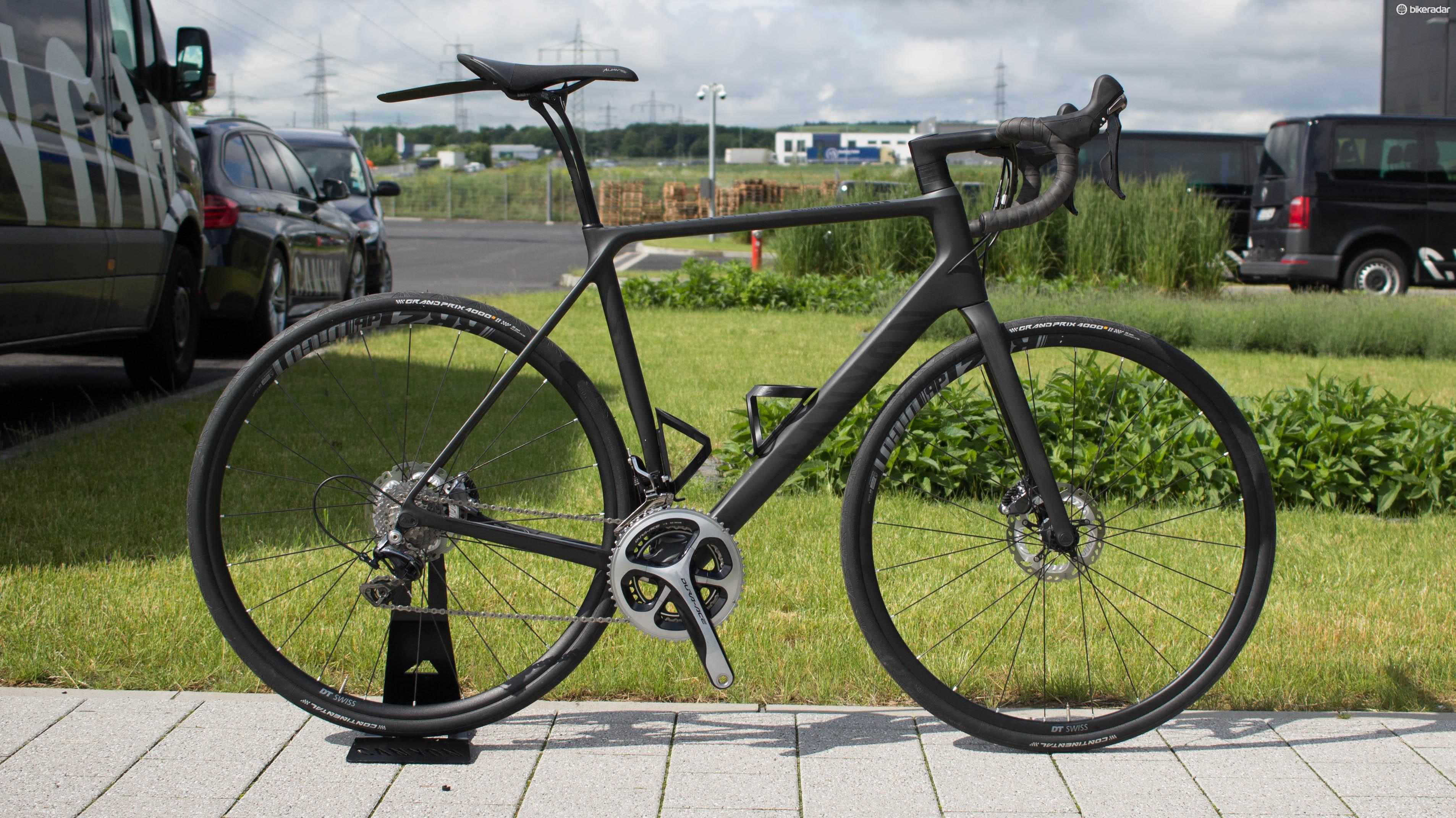 Canyon's new Endurace CF SLX is designed to be very comfy, yet fast