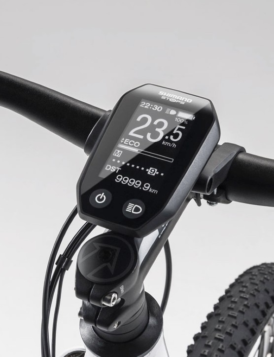 Shimano STEPS: the dedicated computer displays battery and range information