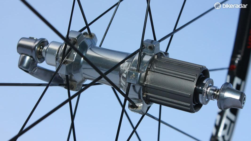 There are numerous flange designs out there like this one from Shimano, but the underlying concept remains the same