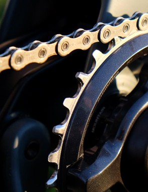 You have your pick of one, two or three chainrings with the XT M8000 group
