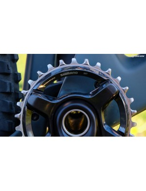 Shimano's narrow/wide chainring
