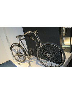 The Terrot from 1919 is one of the first bikes to feature a derailleur, only made possible by the invention of the freewheel. Gears were shifted using the handle mounted on the top tube