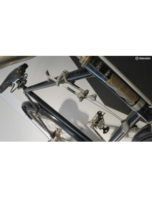 The T-shaped handle operated a derailleur over three rear sprockets