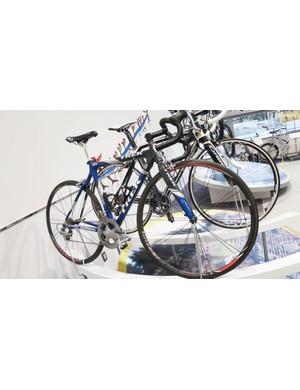 Roberto Heras' Trek OCLV team bike
