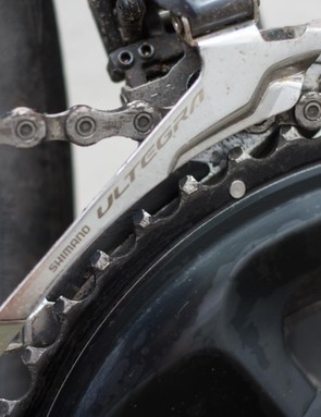 The modified tooth profile in conjunction with the smaller front mech cage improves clearances
