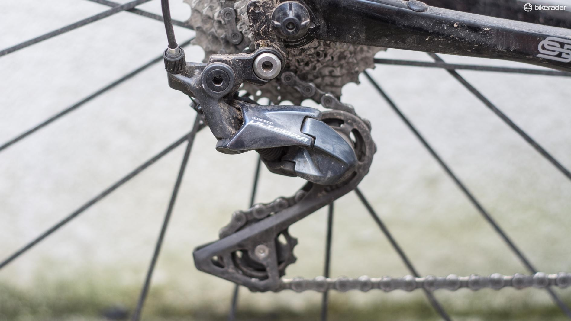 The new rear derailleur adopts Shimano's Shadow Geometry technology