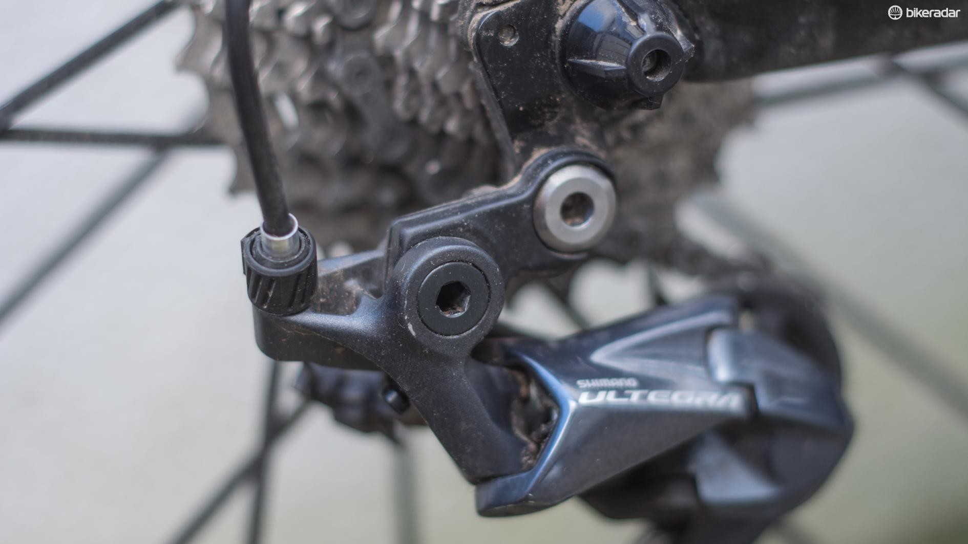 Will we see DRD mech hangers on road bikes of the future?