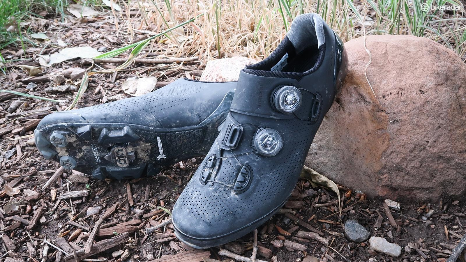 Shimano has updated its flagship cross-country shoe, the S-Phyre XC9, for 2019