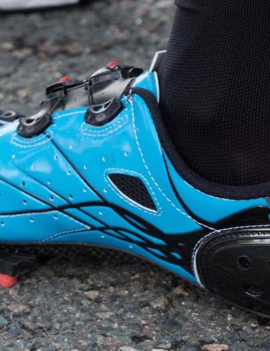 There seems ample ventilation along the shoe and even on the heel cup of the Sidi