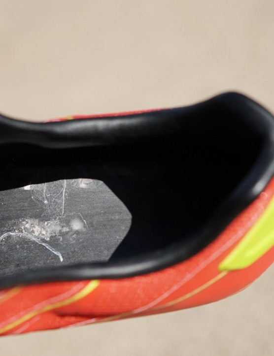 Pearl has a unique design that eliminates the lasting board, and thus stack height is a mere 5mm on a very stiff shoe