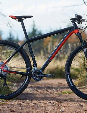 The Sola is an XC racer in the classic mould and in a straight line it's impressively fast