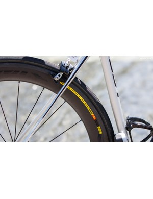Thin, swooping seatstays help to promote vertical frame compliance (flex)