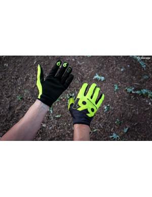 Six Six One's minimalist Comp Slice gloves