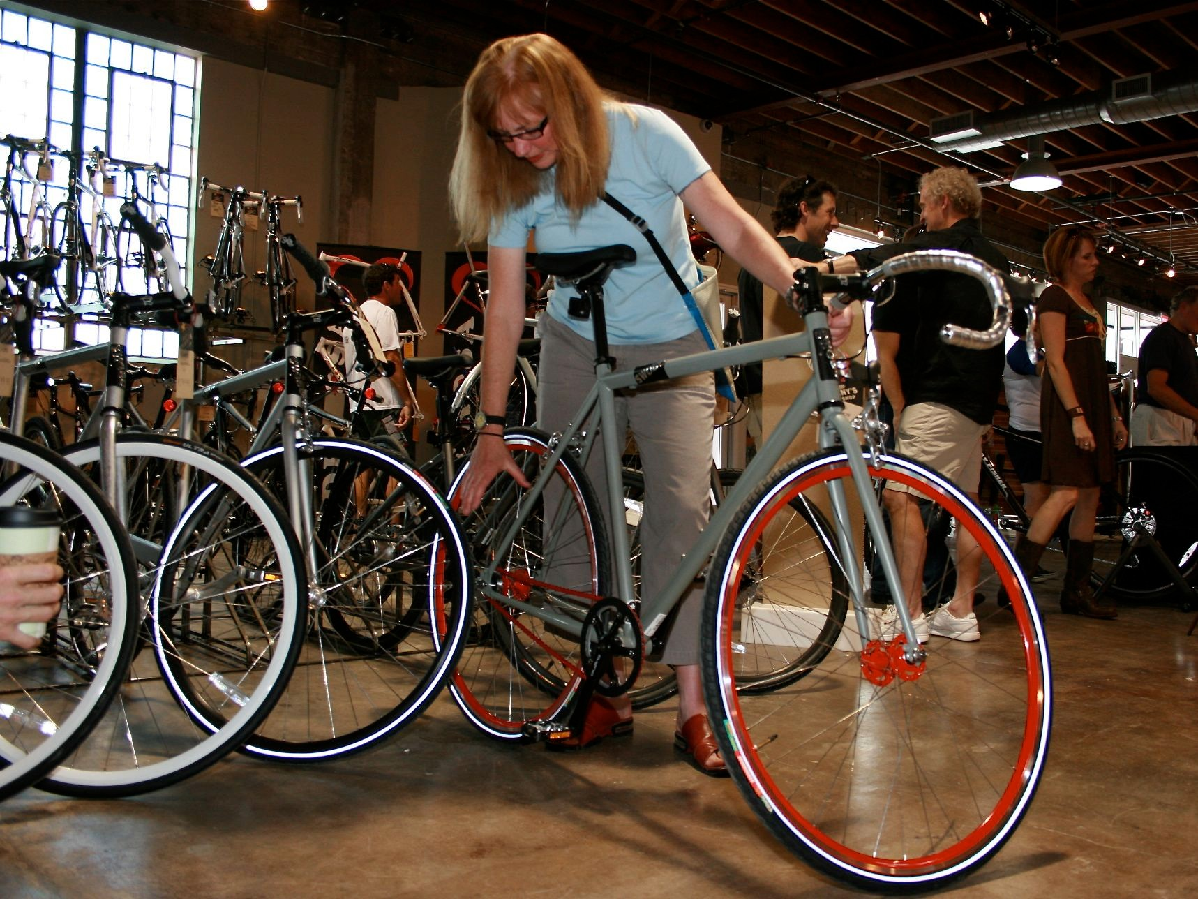 Swobo's bike designer Sky Yaeger points out the specs on the Del Norte.
