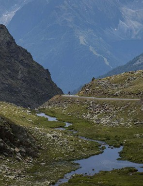 The top of the Gavia affords some epic views