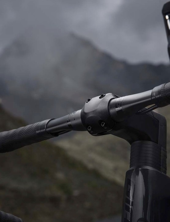 The new D-Fuse carbon bar is designed to offer bump-nulling flex