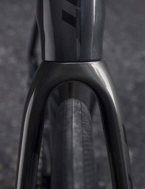 The fork offers plenty of clearance for the current trend of ever wider road wheels and tyres