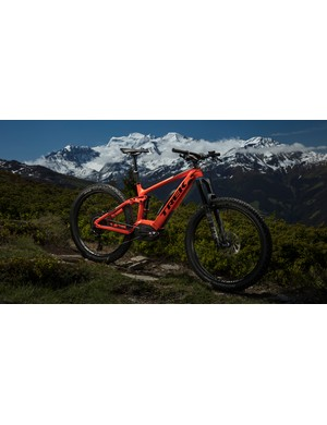 Trek's Powerfly FS 9 LT is not a bad looking bike, although this stunning backdrop certainly helps