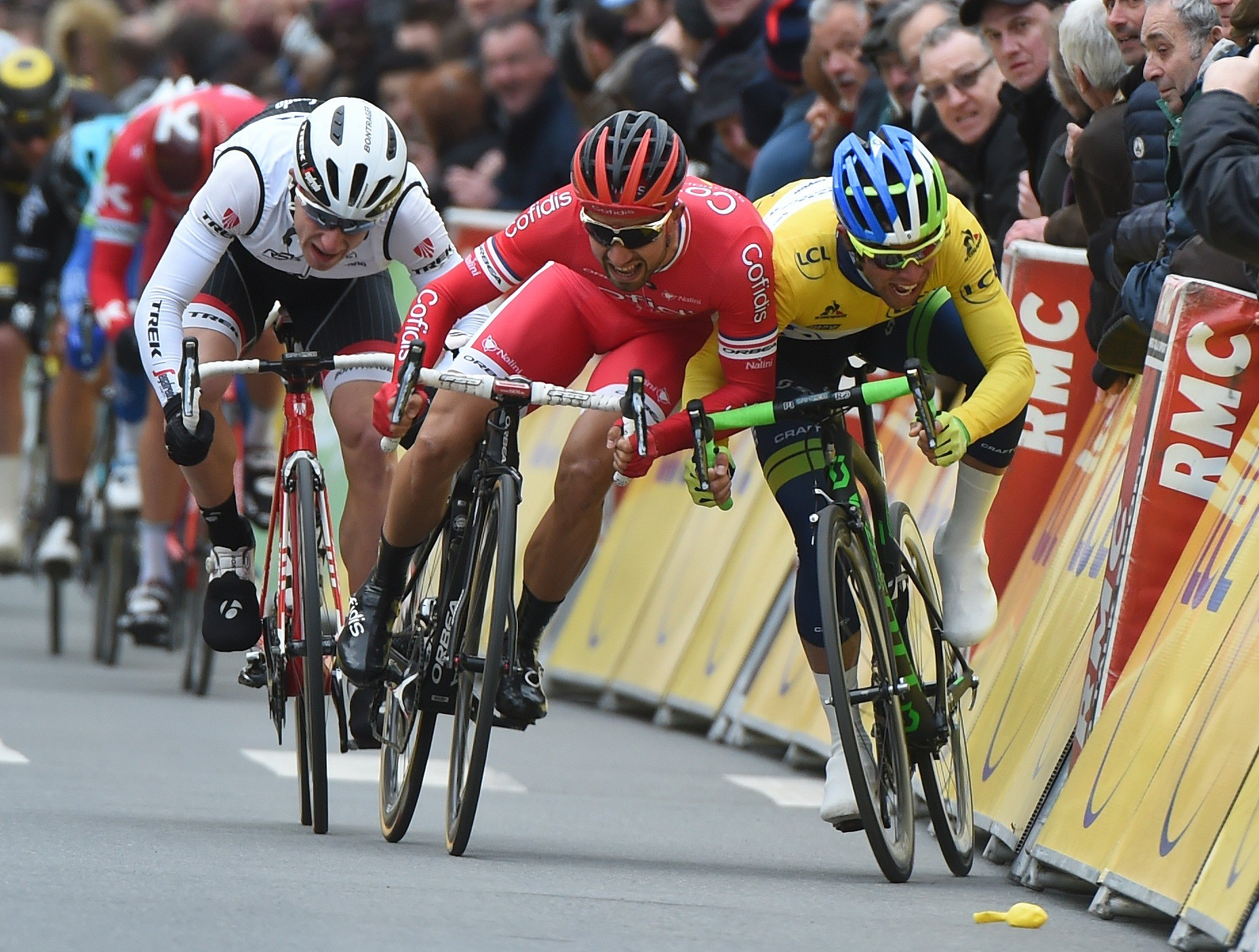 Nacer Bouhanni (Cofidis) battles Michael Matthews (Orica-GreenEdge) for pole position at Paris-Nice
