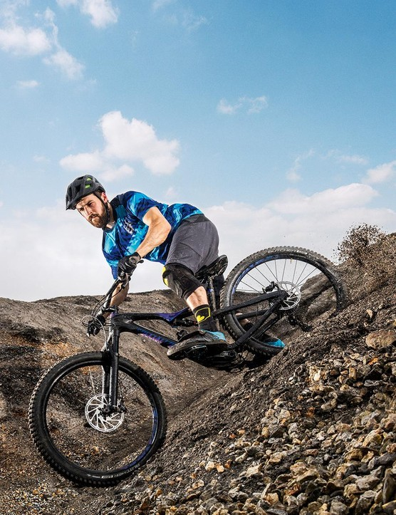 Specialized's 2.6in Slaughter GRIDs are some of our favourite 'wide trail' tyres, combining surefooted swagger with surprising speed