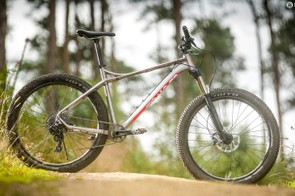 You can run the Transmitter as a 29er but 650b+ tyres take its performance to another level