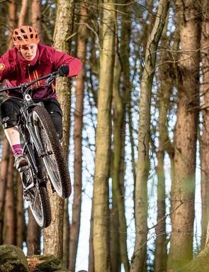 Plenty of room under the bottom bracket makes pedalling over rough ground easier