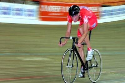 ONDŘEJ Sosenka setting the world hour record in 2005.