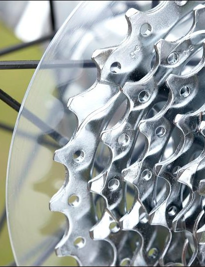 11-28 9-speed cassette gives the Allez Sport a greater range of gears than all but those with triple chainsets