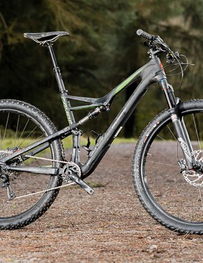 Specialized's Camber Comp Carbon 29 blends mile-munching speed with surprising rough-stuff confidence