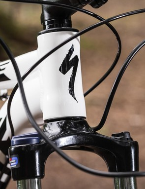 A straight head tube means there's no chance of upgrading to tapered steerer forks, but elsewhere the frame is ripe for upgrades