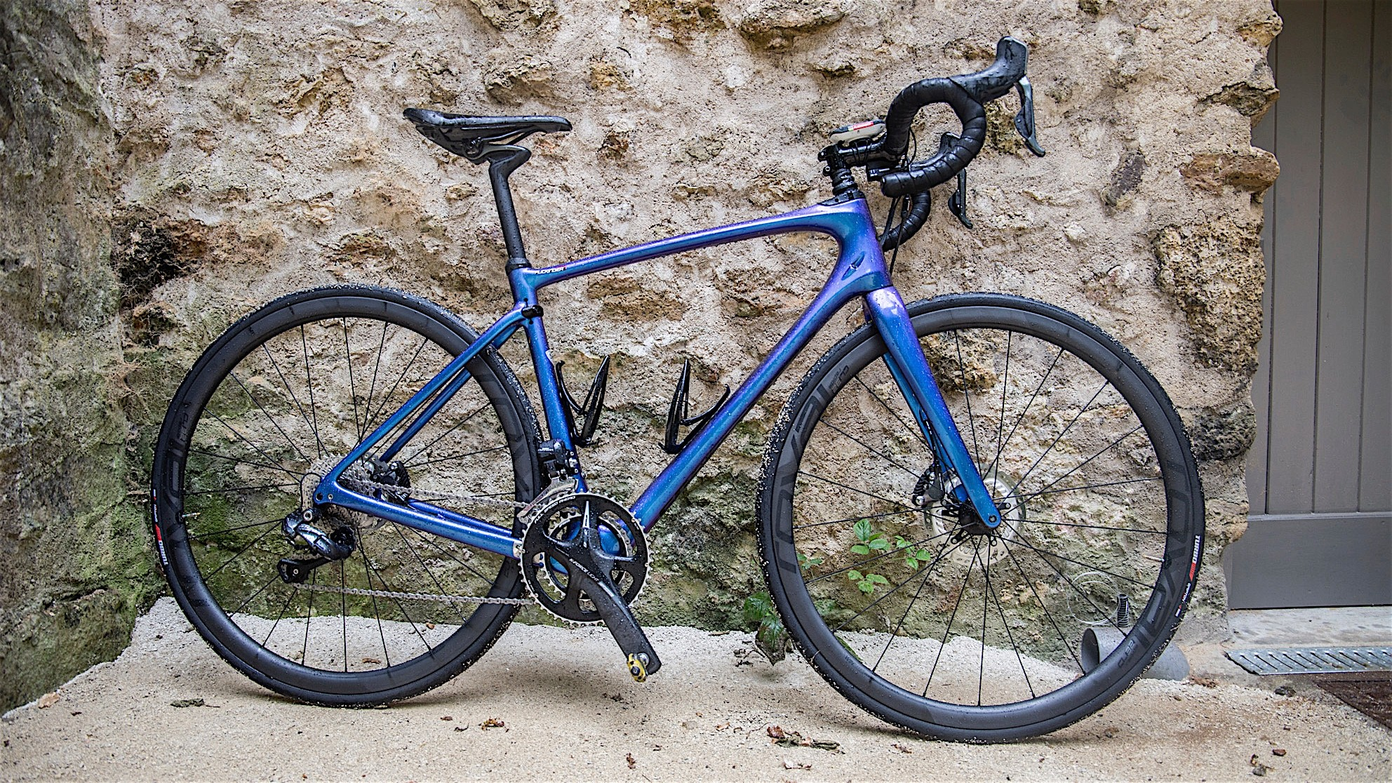 The Specialized Ruby is the female-friendly counterpart to the Roubaix